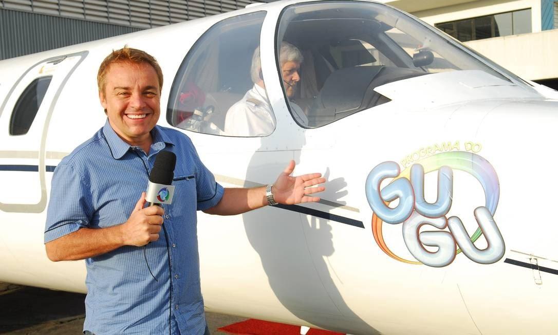 Gugu Liberato passou 16 anos à frente do 'Domingo legal', no SBT. Em 2009 foi para a Record TV e ganhou seu 'Programa do Gugu' Foto: Divulgação